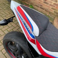 Honda CBR1000 Red Topstitch diamond pattern (Special seat re-cover)